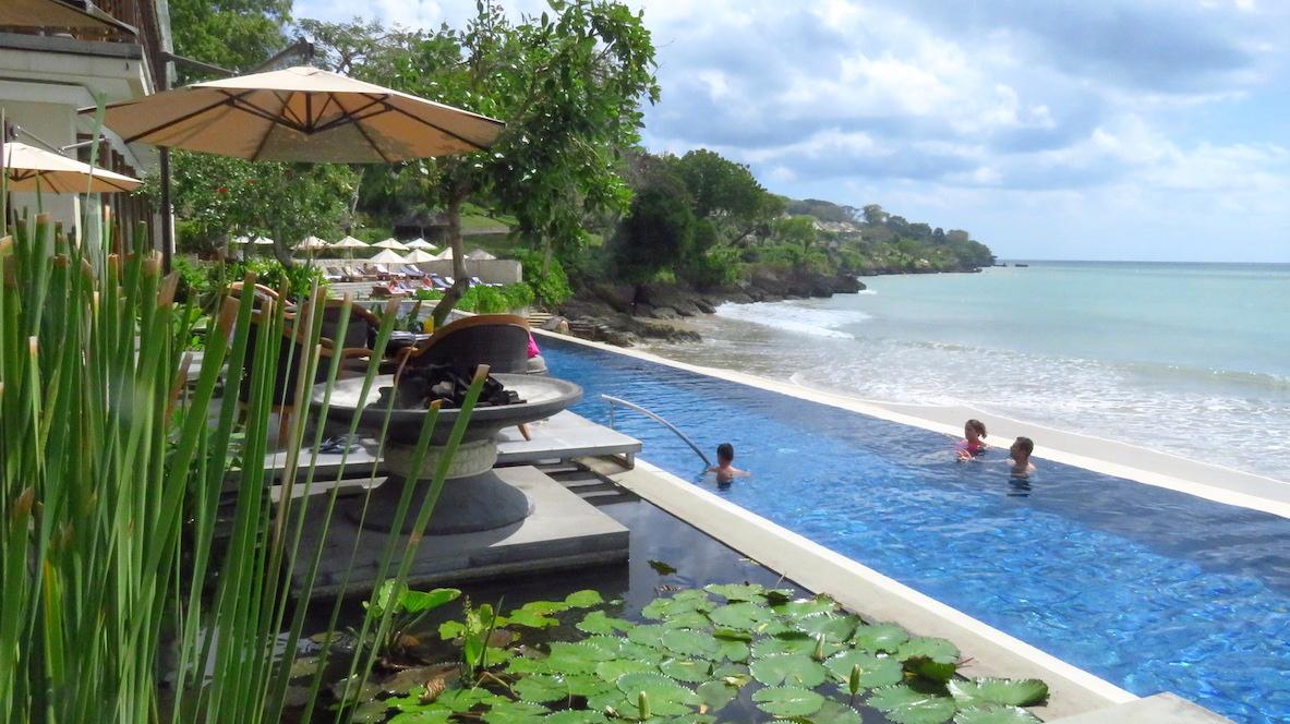 Bali Hotels DoinDubai Sundara pool