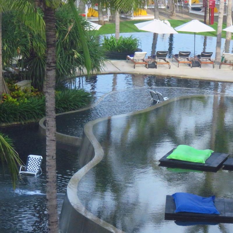Bali Hotels DoinDubai W Pool