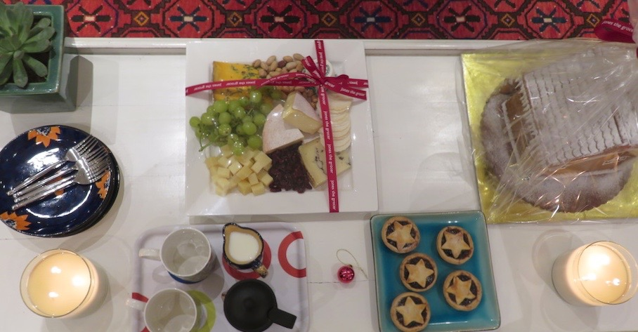 turkey-take-away-doindubai-jones-the-grocer-puddings