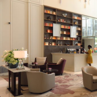 Address Boulevard DoinDubai lobby lounge