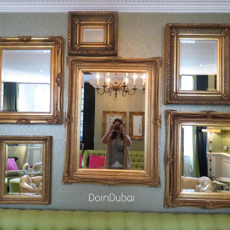 London's Best Cafe's Dukes Mirror Selfie