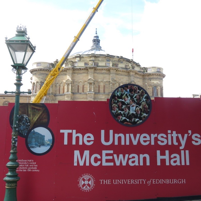 visit-edinburgh-doindubai-edinburgh-university-mcewan-hall