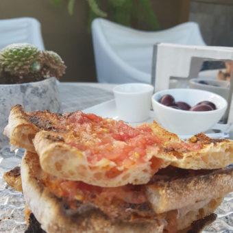 The One Barcelona DoinDubai Crystal bread and tomato