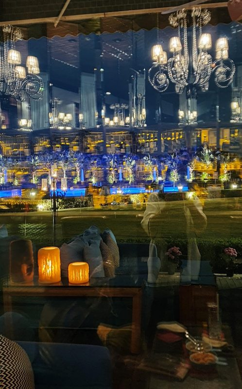 Chandeliers at the Blue Bar Taj Palace hotel Delhi DoinDubai