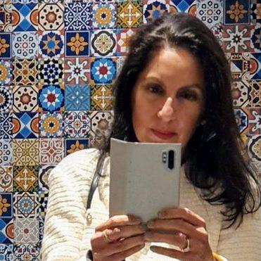 Monica Kapila mosaics head shot